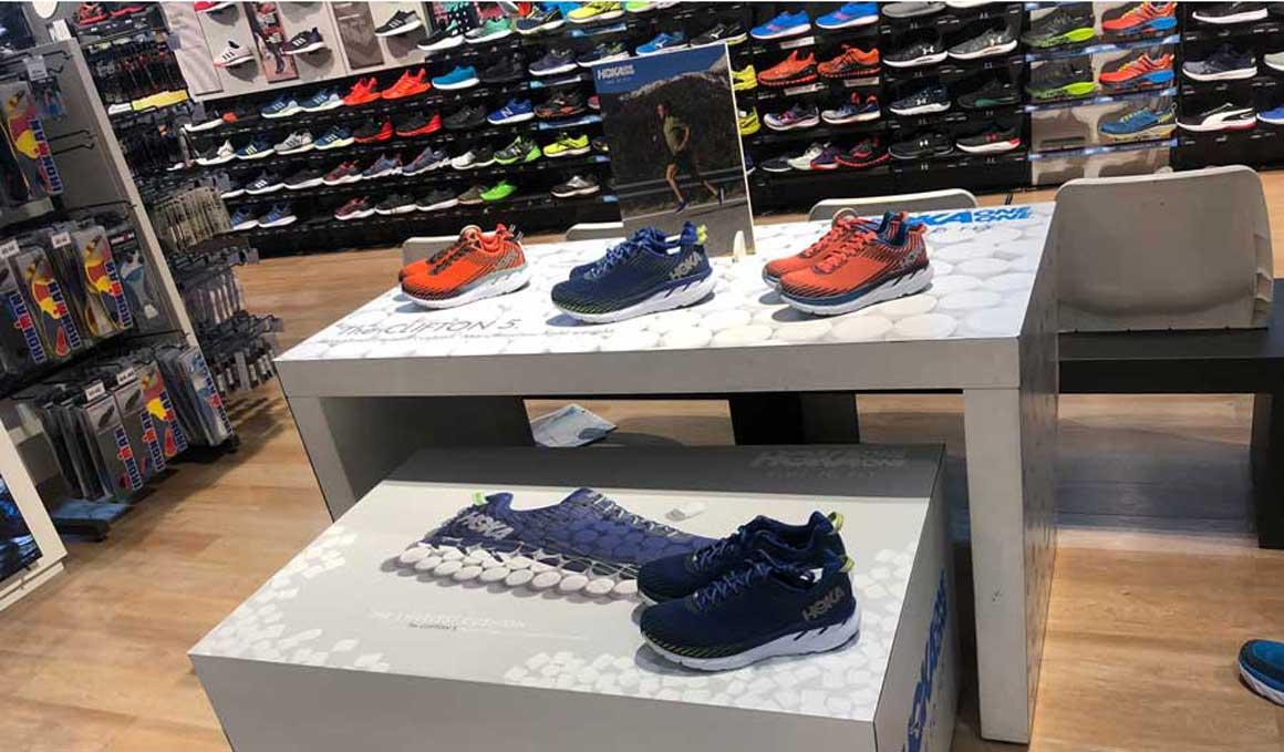 Ya puedes encontrar Hoka One One en las tiendas físicas de El Corte Inglés