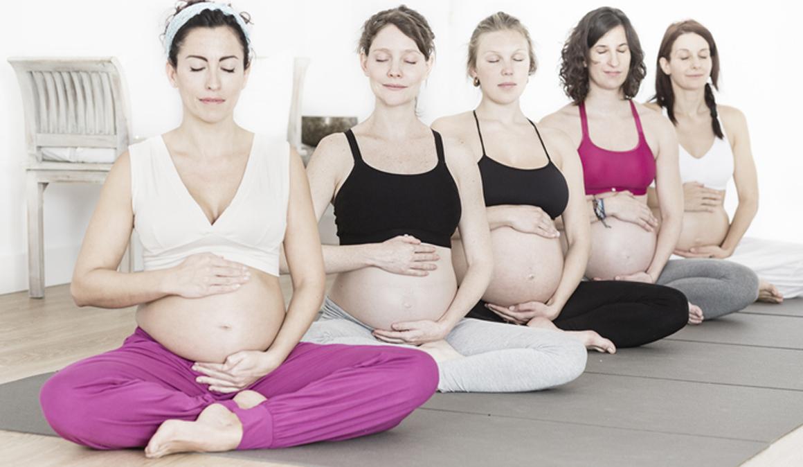 7 Ventajas de hacer yoga durante el embarazo