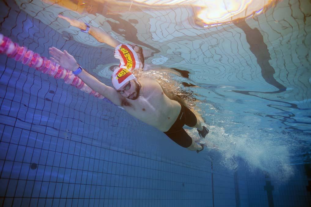 El rolido en natación, qué es y cómo mejorarlo
