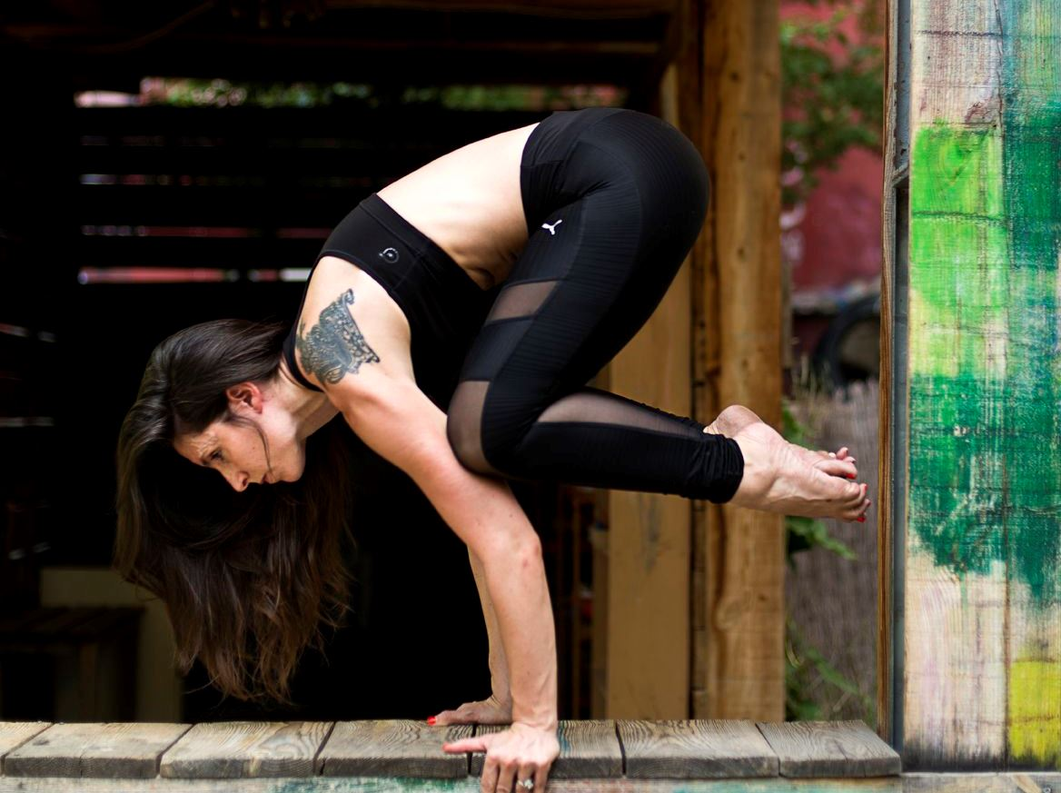 Mañana de Yoga solidario en Madrid por la Fundación Aladina