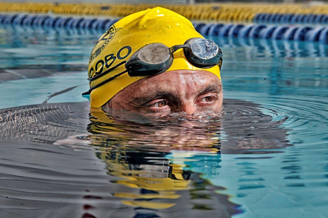 """El nadador con espondilitis anquilosante y sus retos """"imposibles"""""""