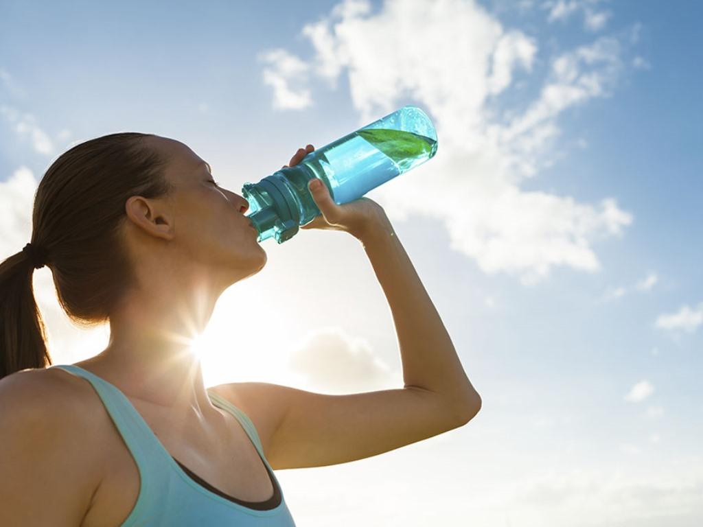 ¿Cuál es la mejor bebida para hidratarme?