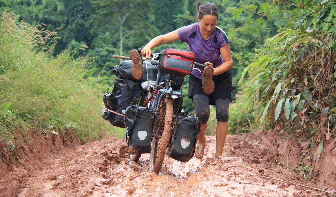 Diez años viajando por el mundo con una casa montada en una bici
