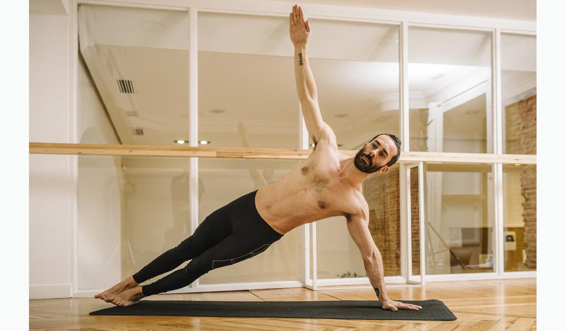 Posturas de Yoga para conseguir abdominales fuertes y funcionales