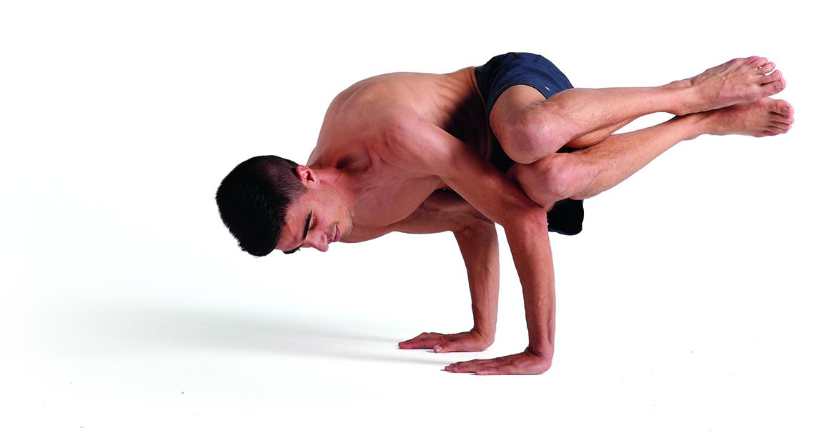 Posturas para ganar fuerza a la vez que desarrollamos equilibrio