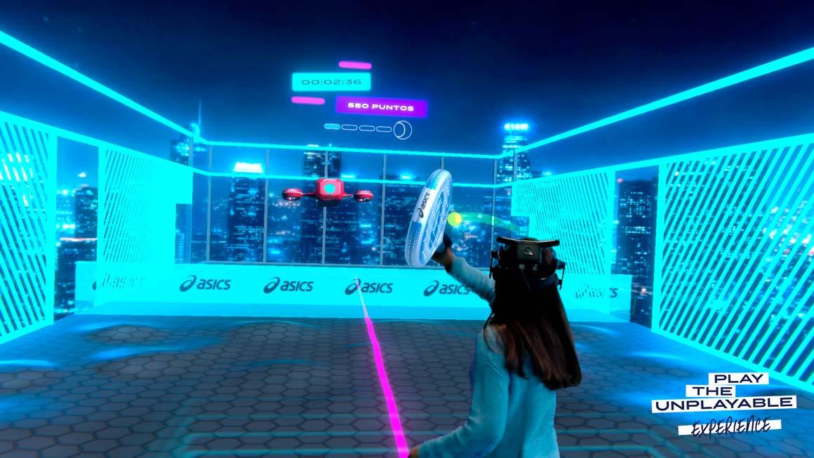 El juego de realidad virtual de Asics que te enseña a jugar al pádel