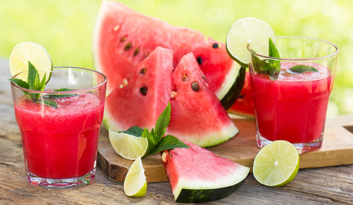 Batido de sandía para la hidratación deportista en verano
