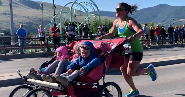 ¡3 horas 11 minutos en maratón con un carrito con 3 niños!