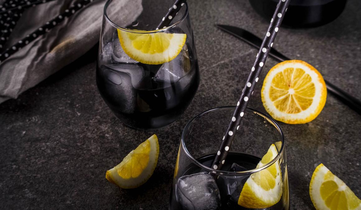 Limonada negra, la nueva bebida détox
