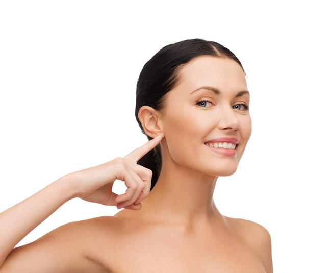 ¿Cosquillas en las orejas para retrasar el envejecimiento?