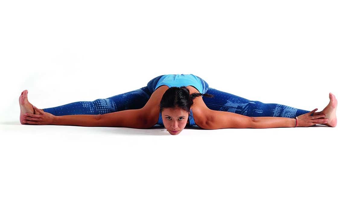 Si eres asiduo al gym, esta es la secuencia de yoga perfecta