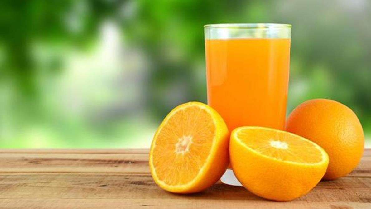 ¿Tanta prisa por beberme el zumo de naranja?