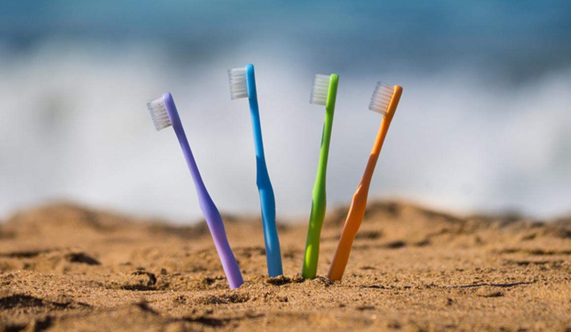 Como ser ecosostenible en tu cepillado dental