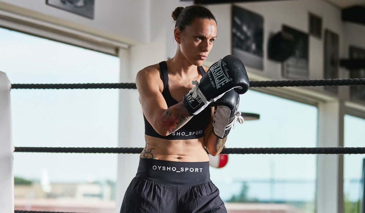 Joana Pastrana te prepara para tu primera clase de boxeo