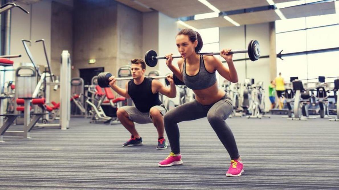 ¿Qué debo desayunar si entreno a primera hora en el gimnasio?