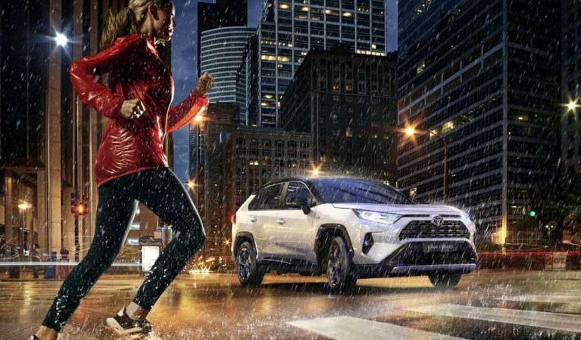 Eléctrico, térmico, híbrido… ¿qué coche es el más lógico para un deportista?