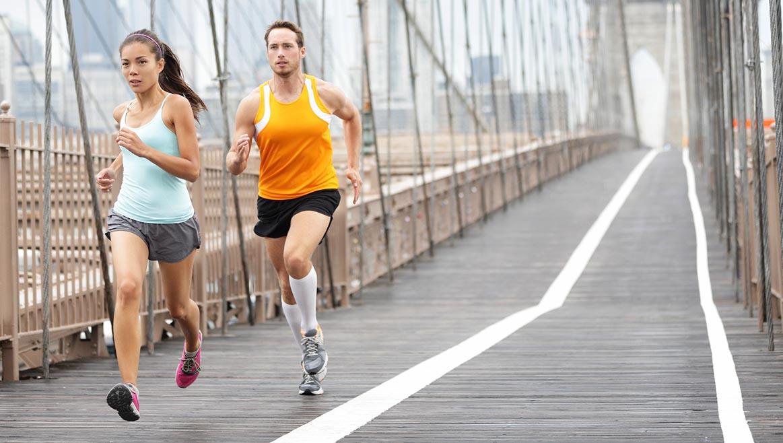 Estos son los cinco entrenamientos para perder peso corriendo