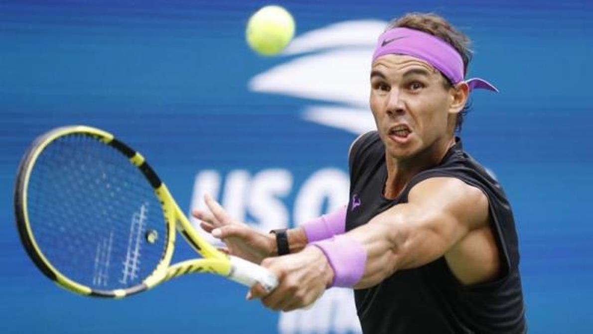 Nadal se lesiona y podría ser baja en la Copa Davis