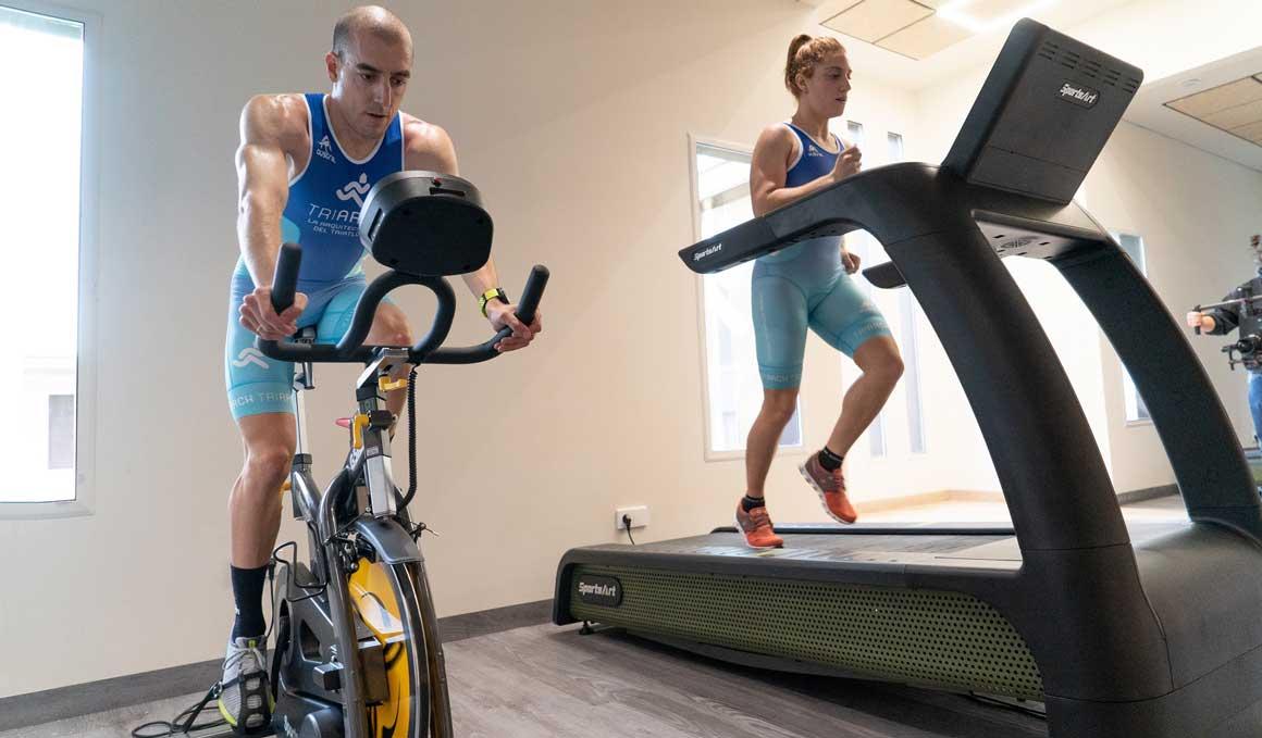 Acercar el triatlón a la sociedad empezando por los colegios