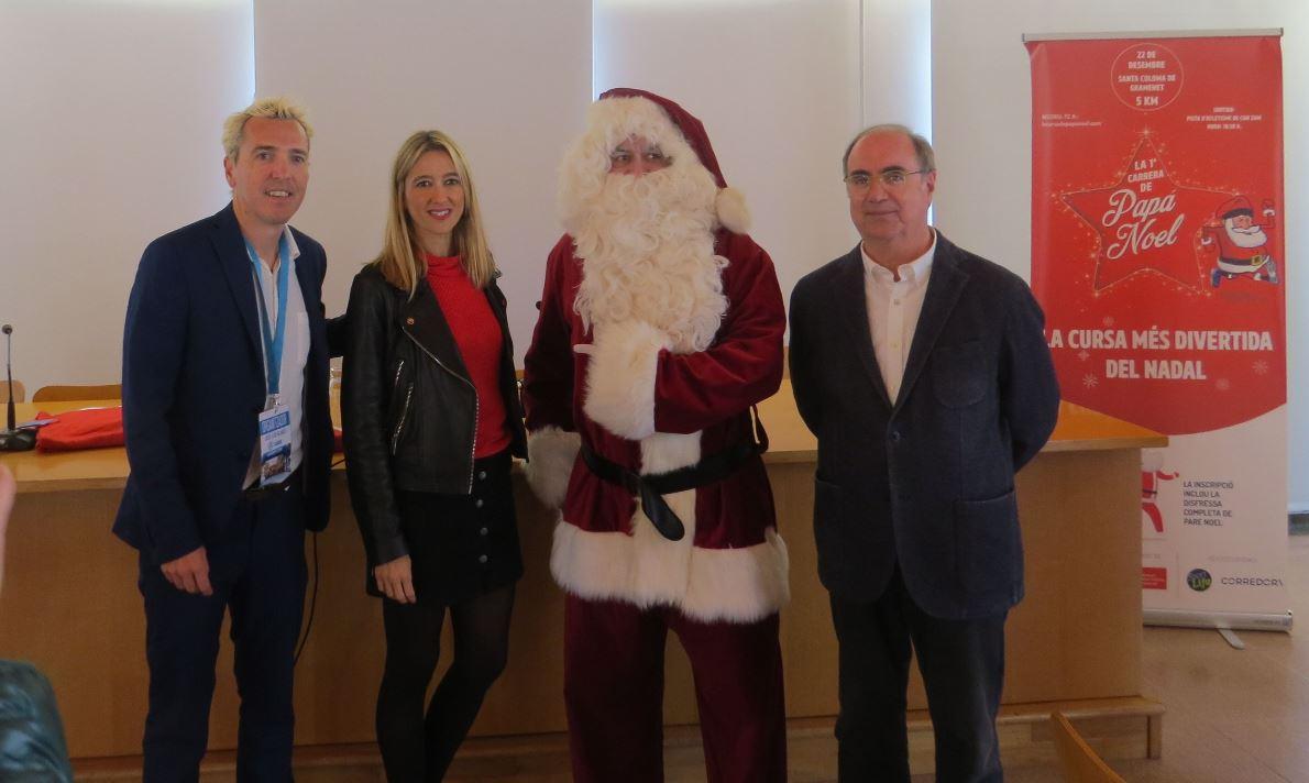 Presentada la 1ª Carrera de Papá Noel de Cataluña que se celebrará el día 22 en Santa Coloma