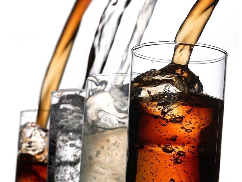 """""""Beber refrescos """"cero"""" es un modo más caro de beber agua del grifo"""""""