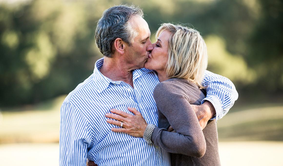 Tener más relaciones sexuales podría retrasar la menopausia