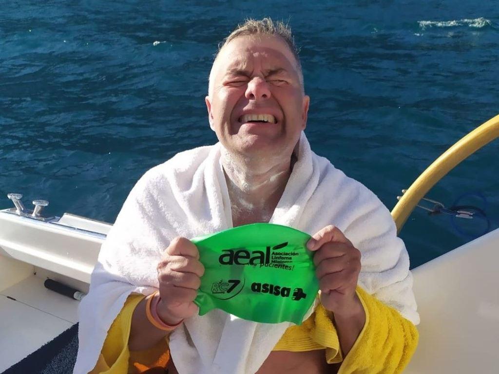"""Jorge Crivillés cruza el Estrecho de Cook y se convierte en el primer español que logra los """"Siete Océanos"""""""