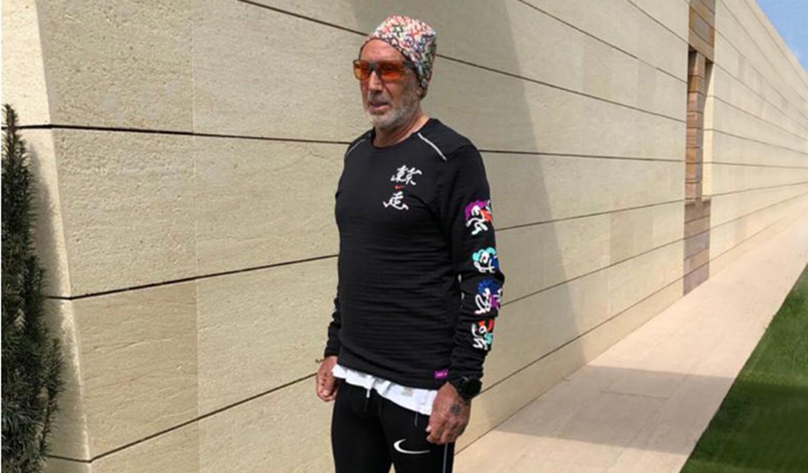 """Un maratón con 70 años en el jardín de casa con un mensaje: """"los de mi generación aquí estamos, somos fuertes y podemos"""""""
