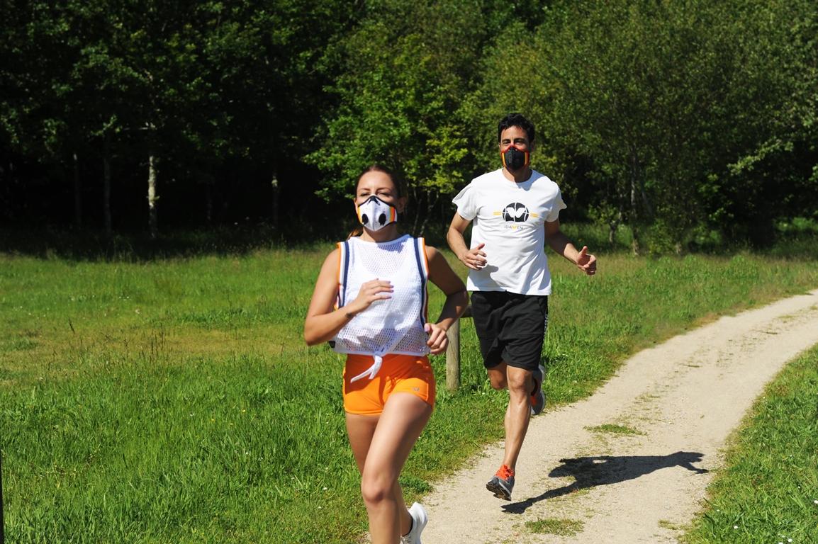 La máscara para deporte con filtros intercambiables