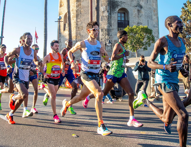 ¿Cuántos kilómetros debo correr para conseguir mi mejor forma?