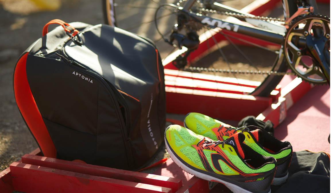 """La mochila """"mágica"""" en la que en 1 minuto metes todo lo que necesitas para un triatlón...¡menos la bici!"""