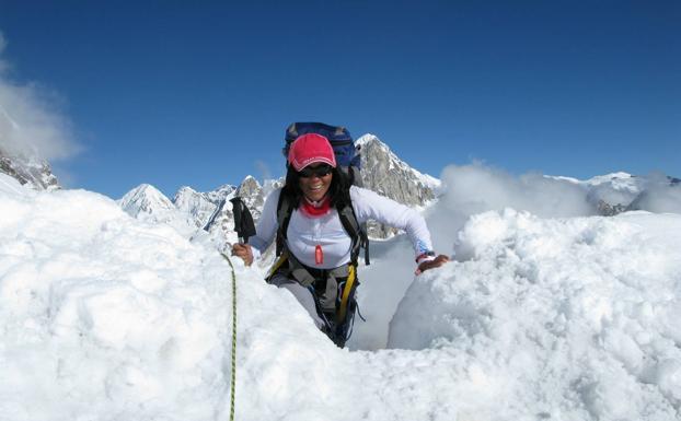Rosa Fernández: conquistar el Everest después de derrotar al cáncer