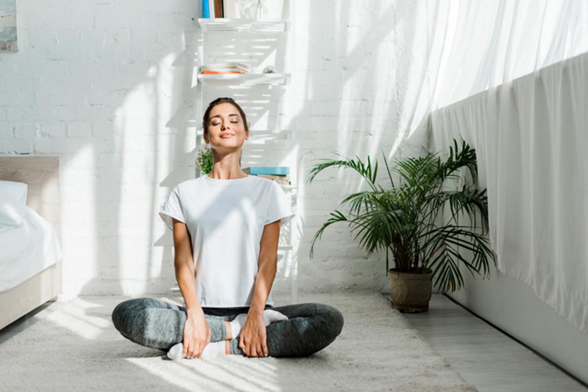 7 hábitos yoguis que cambiarán tu vida si los haces antes de las 9 de la mañana