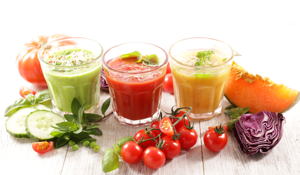 Sopas frías, recetas muy variadas para deportistas. Empezamos con el gazpacho tradicional