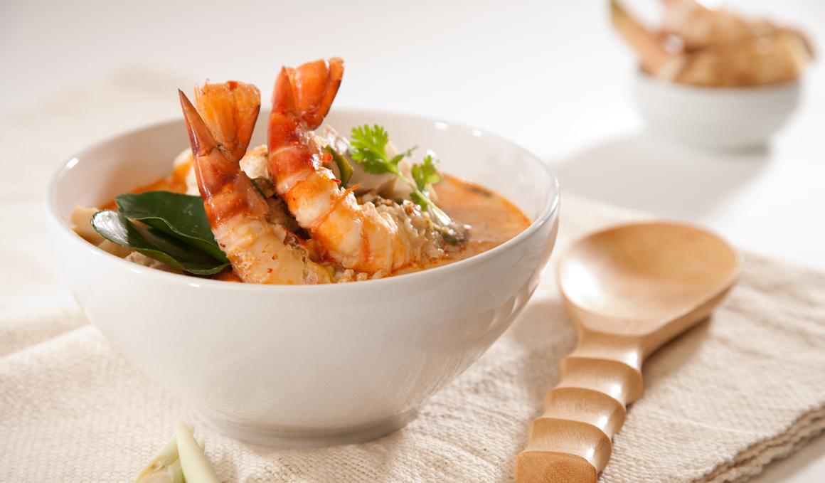 Crema Thai de Calabaza, Zanahorias y Langostinos
