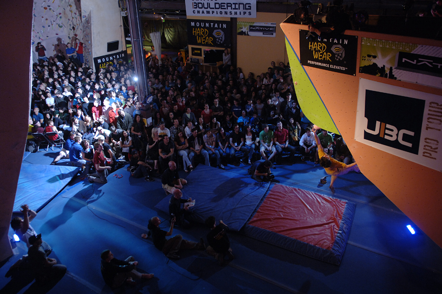 ¿Te gusta la escalada indoor? ¡Apúntate al Climb Open Boulder Festival!
