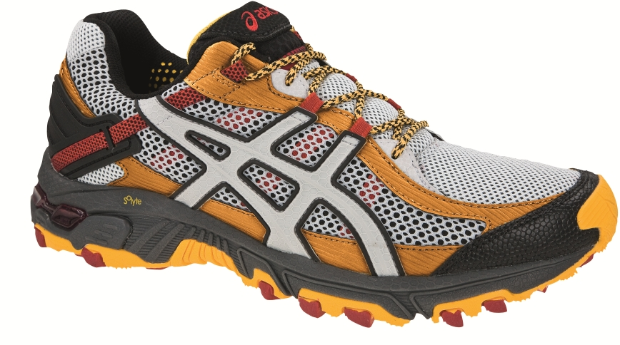 asics presenta la nueva colección de zapatillas trail