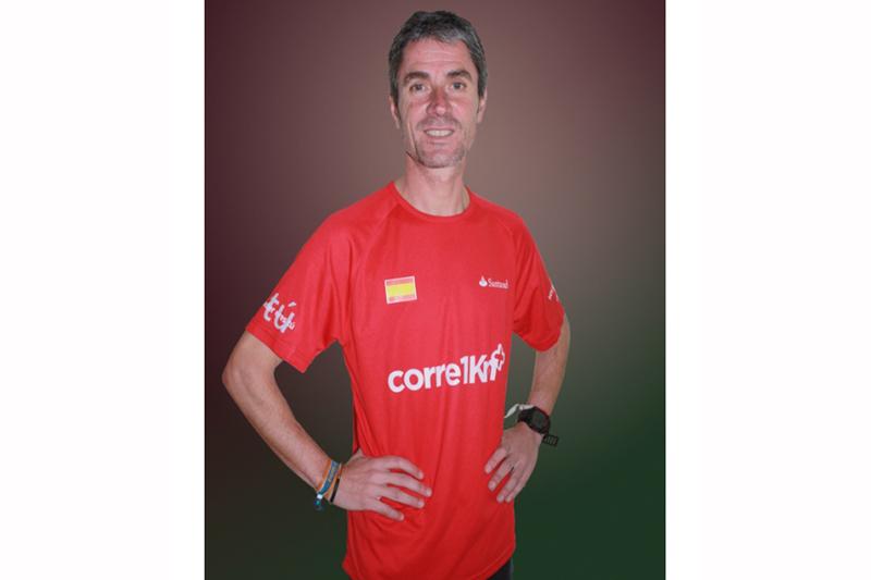 Suscríbete a Sport Life y consigue la camiseta Corre 1 km+ de Martín Fiz