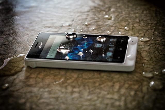 Regístrate y podrás ganar un móvil Sony Xperia Go