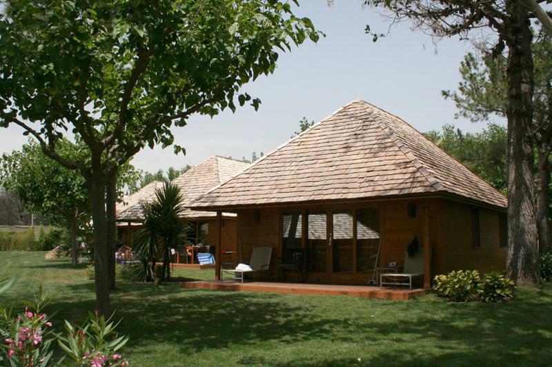 Este mes sorteamos un fin de semana en bungalow en Playa Montroig Camping Resort