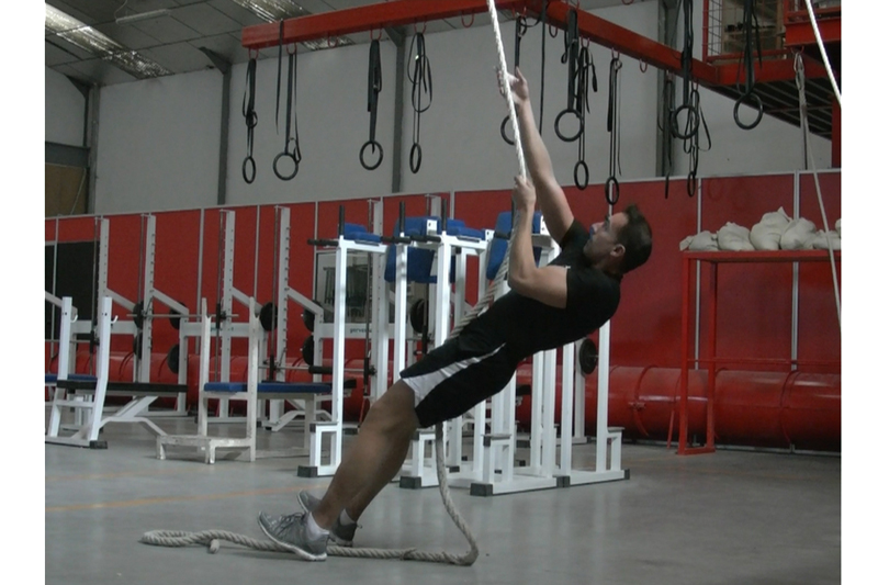 Subir la cuerda para ganar fuerza