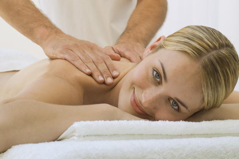 Cómo dar un buen masaje de espalda