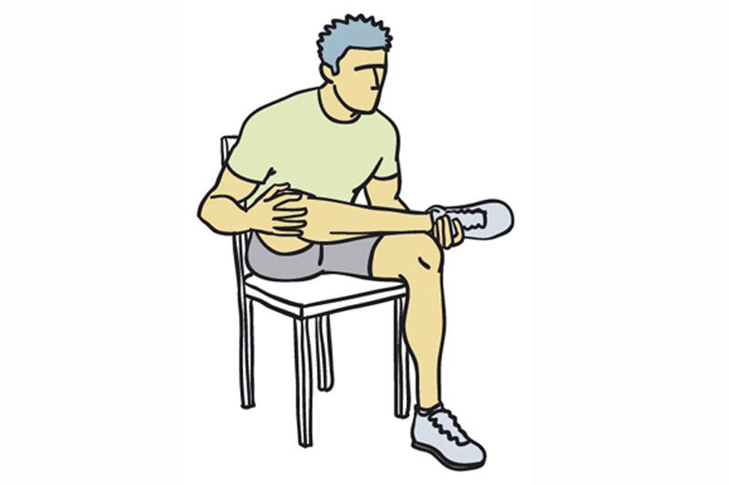4 estiramientos contra el dolor de espalda sportlife - Sillas para la espalda ...