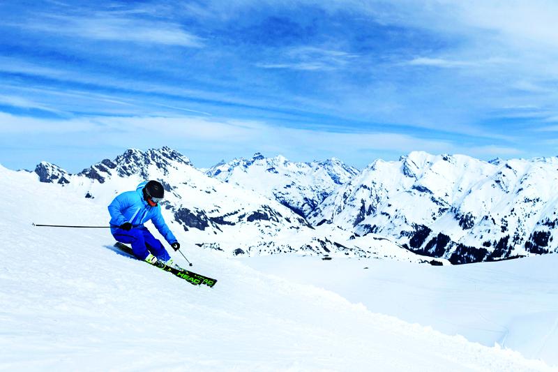 Esquí: estrenando la nieve