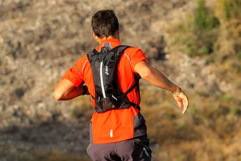 ¿Se corre igual con mochila?