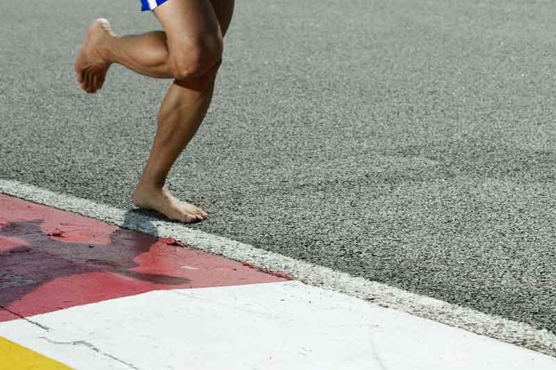 Minimalismo: zapatillas vs barefoot