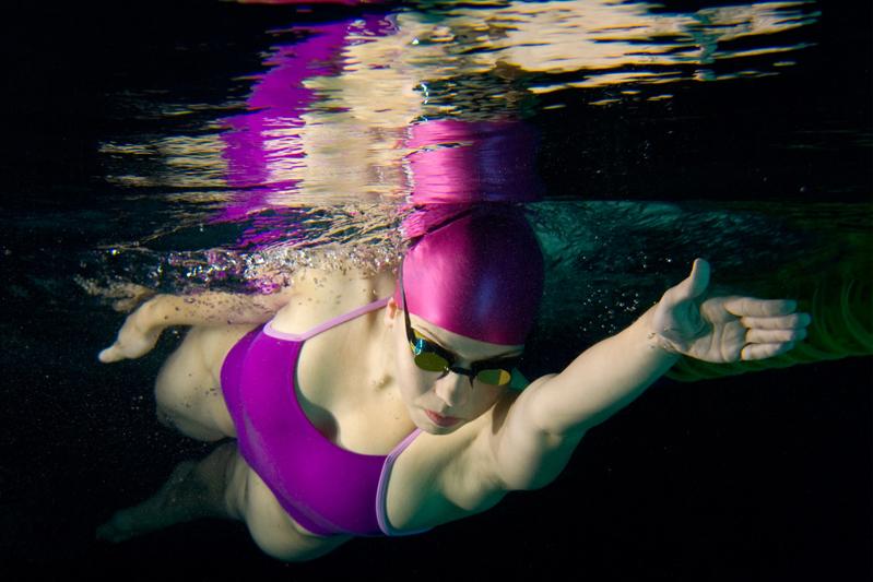 Plan de entrenamiento para perder grasa nadando