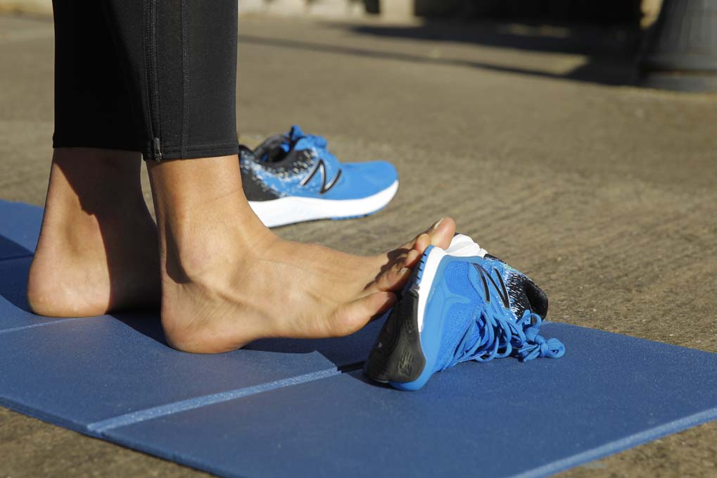 12 estiramientos de pies y tobillos