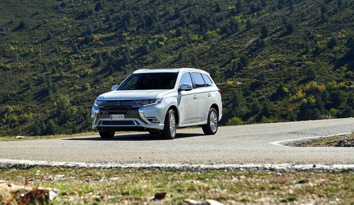 Mitsubishi Outlander Phev: el coche híbrido enchufable para el deportista
