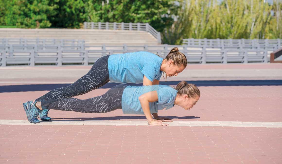 El reto fitness en pirámide para piernas y brazos